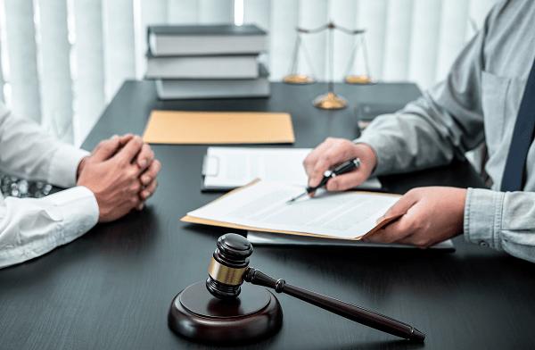 юрист разбирается в бизнесе